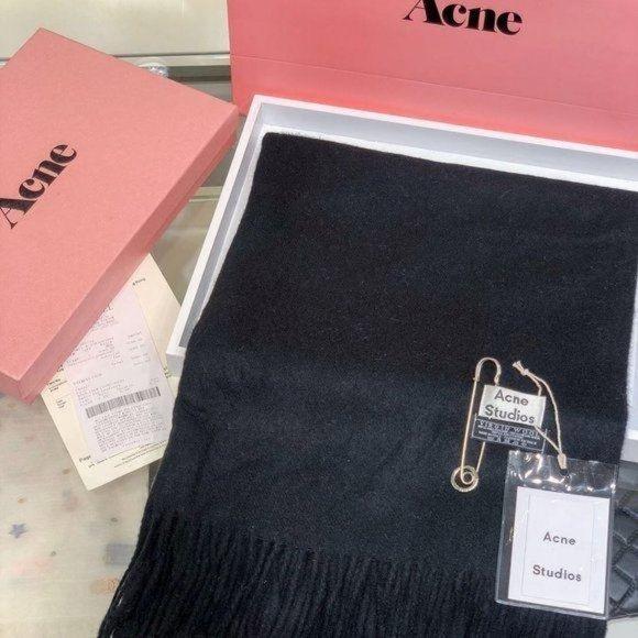 Acne studios black wool scarf